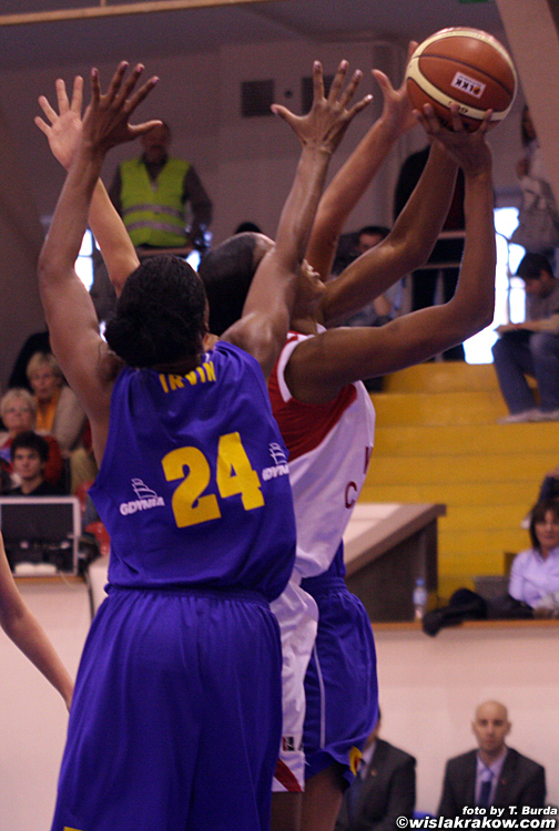 Wis�a Can-Pack Krak�w - Lotos Gdynia 82:54 - fot. nr 4