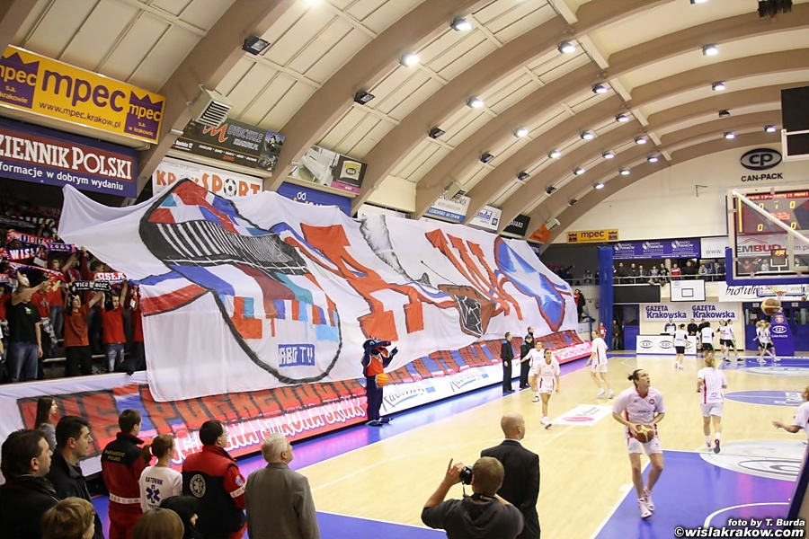 Wis�a Can-Pack - Frisco Brno 80:64 - fot. nr 4
