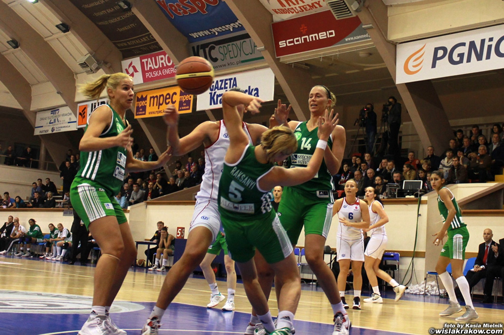 Wis�a Can-Pack - Uni Gyor 62:67 - fot. nr 9